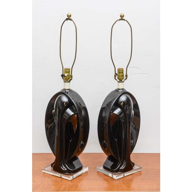 Ceramic and Lucite lamps, USA, 1950s For Sale - Image 5 of 9