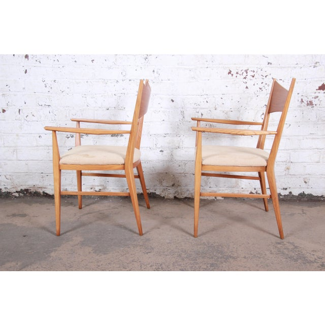 1950s Paul McCobb for Calvin Mid-Century Modern Sculpted Walnut Bow Tie Armchairs - a Pair For Sale - Image 5 of 9