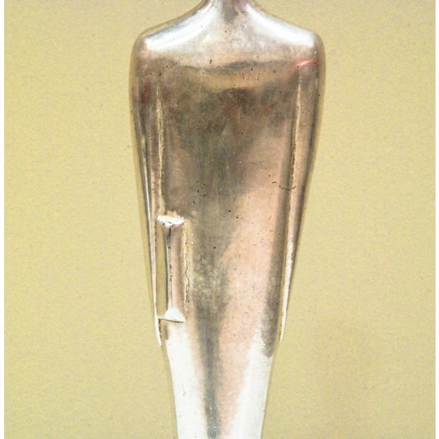 1930s 1938 United States E. W. Lane Silvered Metal Oscar Sculpture For Sale - Image 5 of 10