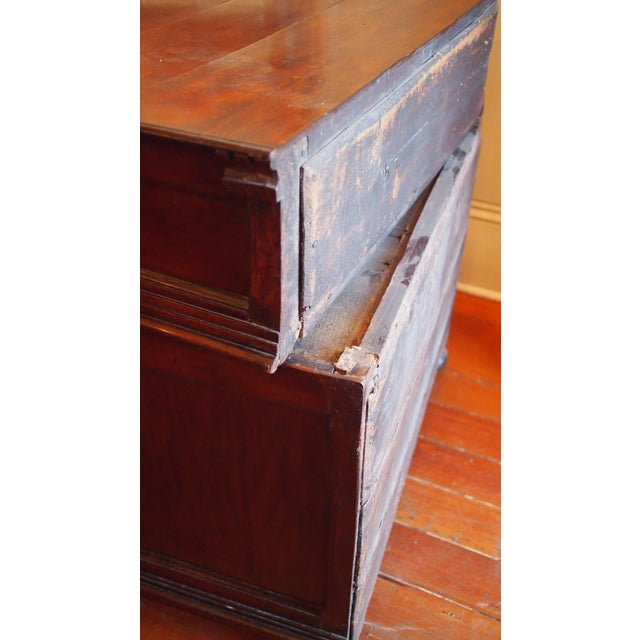 William and Mary Chest of Drawers For Sale In New Orleans - Image 6 of 7