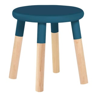 Peewee Kids Chair in Maple With Deep Blue Finish For Sale