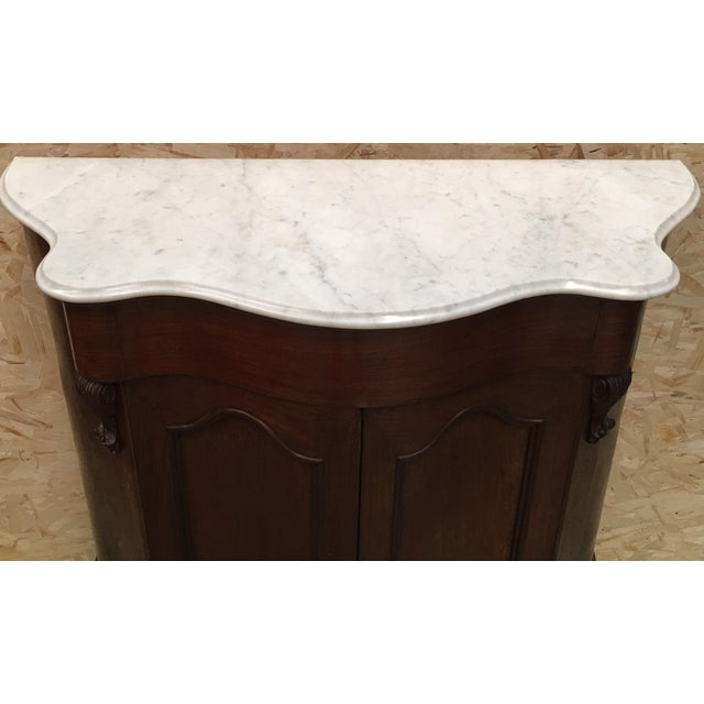 Late 19th Century 19th Century Walnut and White Marble Linen Press With One Door For Sale - Image 5 of 12
