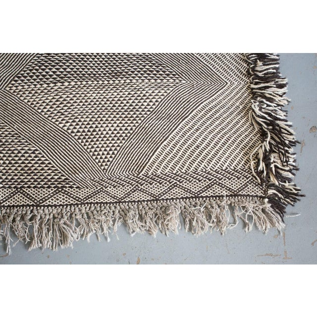 Textile Double-Sided Natural Wool Zanafi Flat-Woven Moroccan Rug For Sale - Image 7 of 8