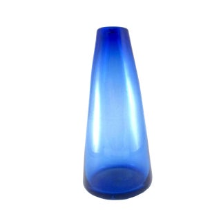 1980s Vintage Hand Blown Cobalt Blue Glass Cone Vase For Sale