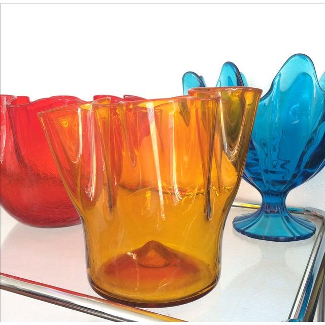 Vintage Red Blenko Crackle Glass Vase - Image 10 of 11