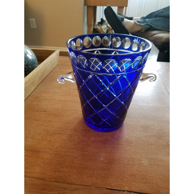 1970s Cobalt Blue Bohemien Cut Crystal Ice Bucket For Sale - Image 5 of 5