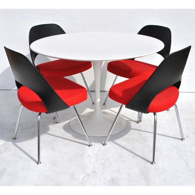 Set of Four Contemporary Knoll Eero Saarinen 72c-Piece Dining Side Chairs For Sale In Houston - Image 6 of 13