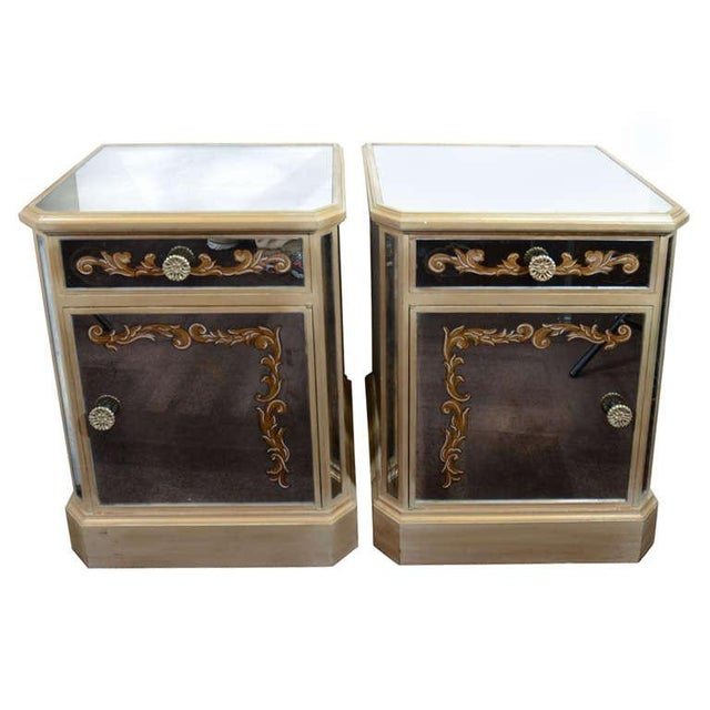 Pair of 1940's Hollywood Mirrored End Tables/Night Stands For Sale - Image 10 of 10