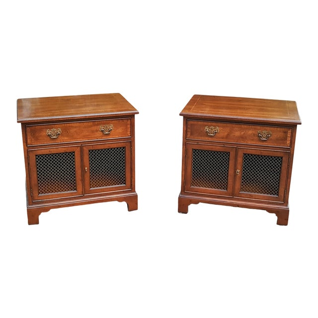 Vintage Henredon Chippendale Style Banded Walnut Nightstands-A Pair For Sale