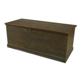 American Country (18/19th Cent) blue painted pine blanket chest/floor trunk For Sale
