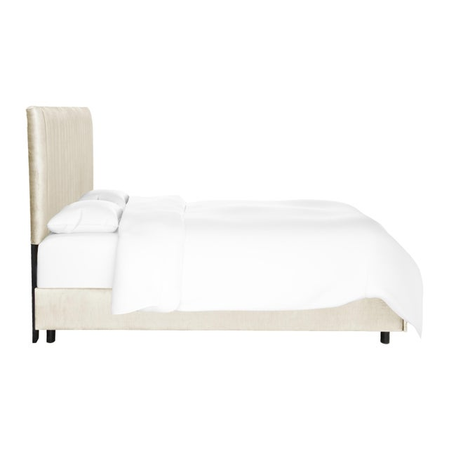 At the center of any well-designed room is a bold bed design. That's where the Manila comes in, with its sleek vertical...