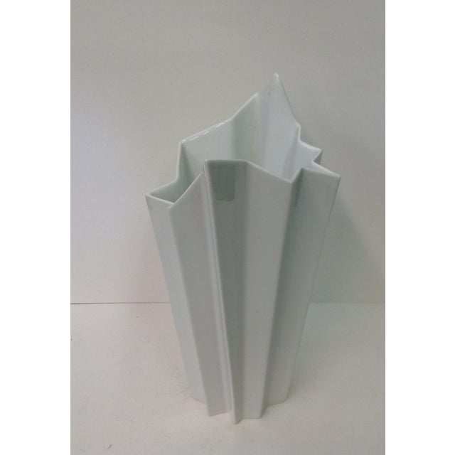 Hutscheneruther Hutschenreuther White Op Art Vase For Sale - Image 4 of 7