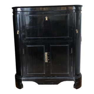 1950s Hollywood Regency Black Lacquer Bar Cabinet For Sale