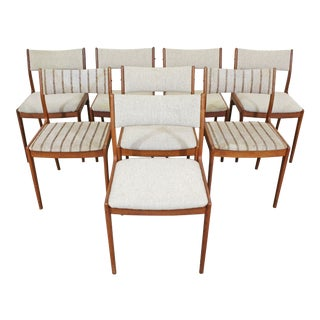 Set of 8 Mid-Century Danish Modern Johannes Andersen Uldum Teak Dining Chairs For Sale