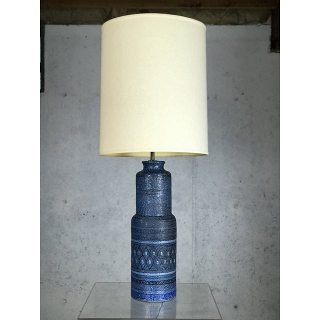 Monumental 1960's Italian Ceramic Table Lamp by Bitossi for Raymor For Sale In Boston - Image 6 of 12