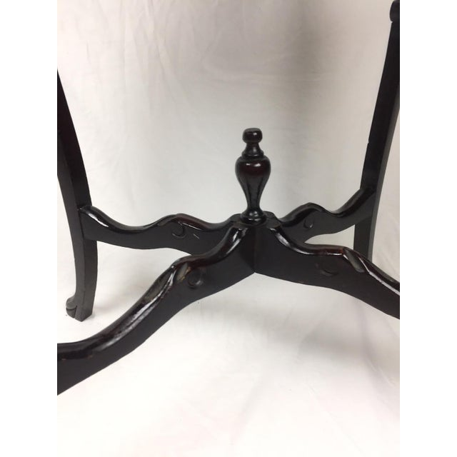 Marquetry Wood Inlay French Provincial Side Table For Sale - Image 4 of 5
