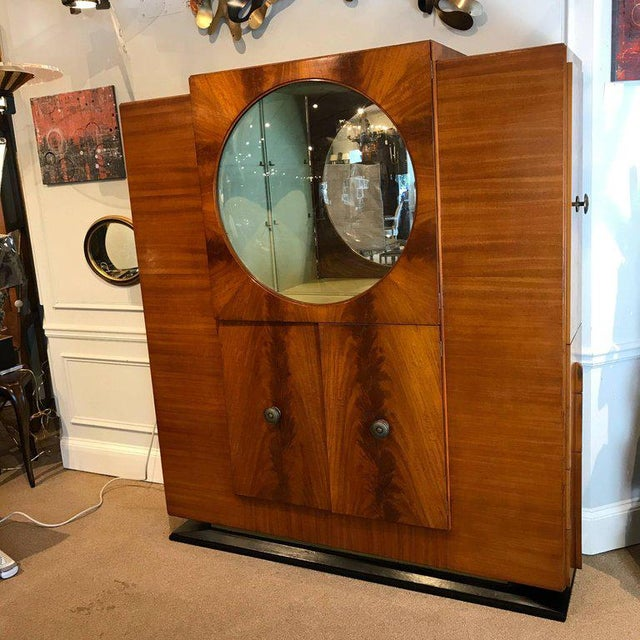 """French Art Deco Vitrine With Convex """"Bubble"""" Glass For Sale - Image 10 of 11"""