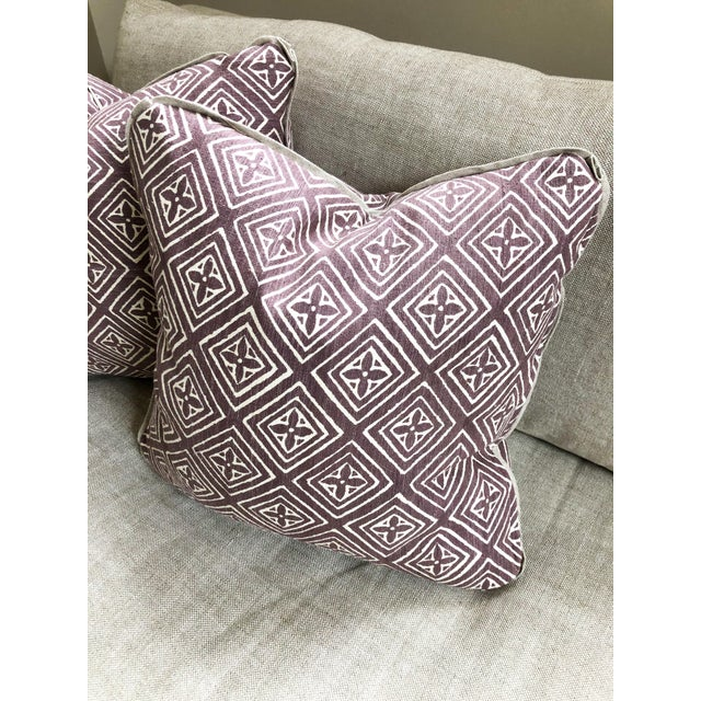 Quadrille China Seas Designer Made Fiorentina Throw Pillows - a Pair For Sale In Providence - Image 6 of 13