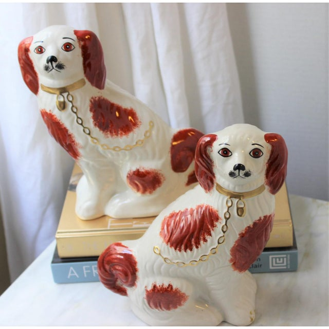 1950s Figurative Staffordshire Ceramic Spaniels Dogs - a Pair For Sale - Image 12 of 13