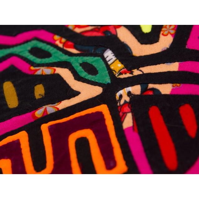 Boho Chic Handsewn Panamanian Mola Pillowcase For Sale - Image 3 of 4