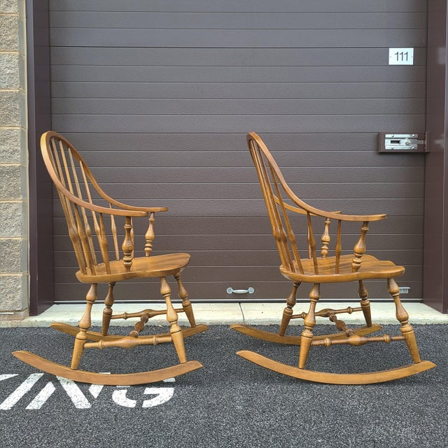 Late 20th Century Ethan Allen Circa 1776 Solid Maple Bowback Windsor Rocking Chairs - a Pair For Sale - Image 5 of 13