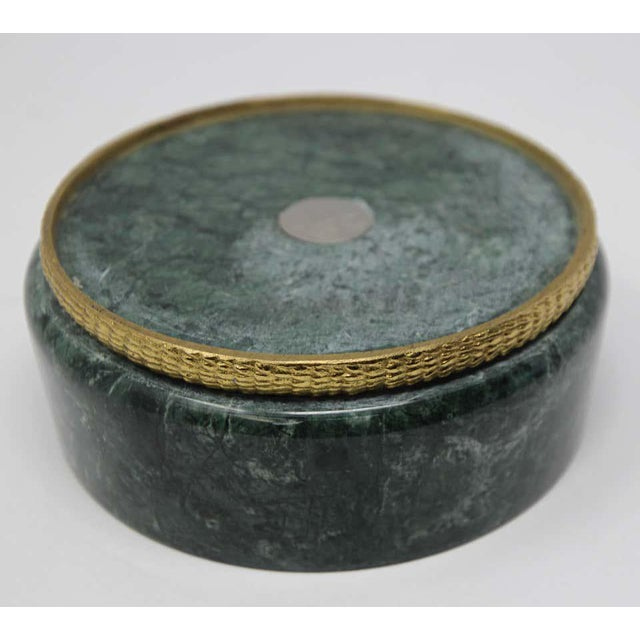 Modern Italian Green Marble and Brass Footed Bowl For Sale In Los Angeles - Image 6 of 8