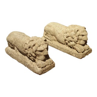 Pair of Carved Nenfro Stone Lions From Lazio Italy For Sale