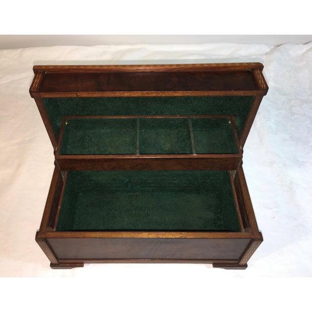 Vintage Burl Oak Gentleman's Trinket Box - Image 4 of 6