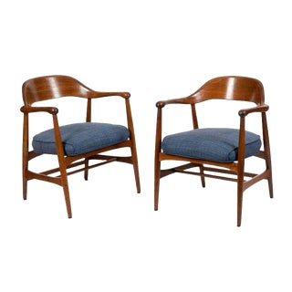 Mid-Century Modern Sculpted Side Arm Chairs by Gunlocke- A Pair For Sale