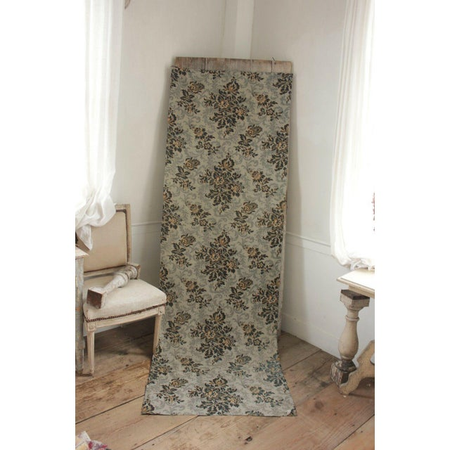 Antique 1890s French Art Nouveau Gray & Black Floral Linen and Cotton Fabric For Sale - Image 4 of 6