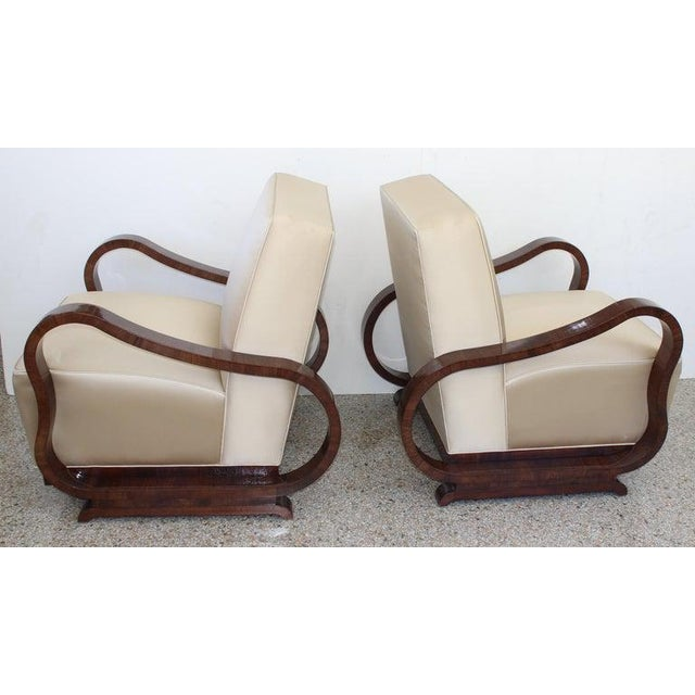 This stylish set of Art Deco style lounge chairs are attributed to the Czech designer Jindřich Halabala and they date to...