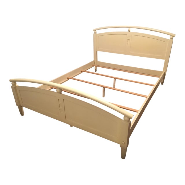Ethan Allen American Dimensions Collection Queen-Sized Bed - Image 1 of 5