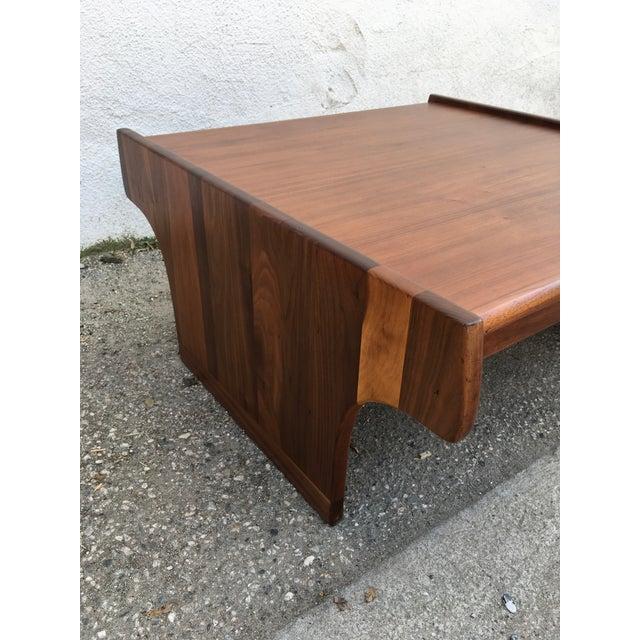 Wood 1970s Mid-Century Modern John Keal for Brown Saltman Walnut Coffee Table For Sale - Image 7 of 10