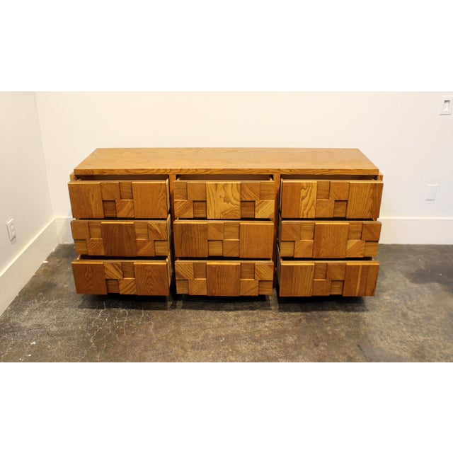 1970s Mid-Century Modern Brutalist Mosaic Patchwork Dresser by Lane in Oak For Sale In Dallas - Image 6 of 10