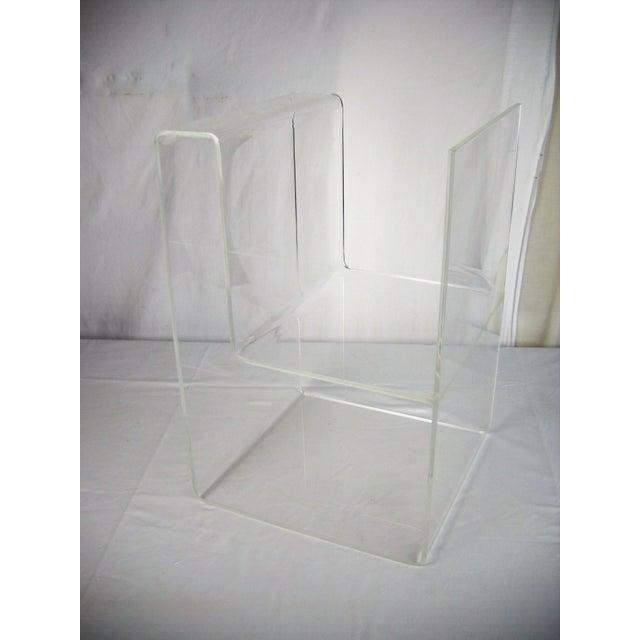 Transparent Large Lucite 2-Level Magazine Rack For Sale - Image 8 of 9