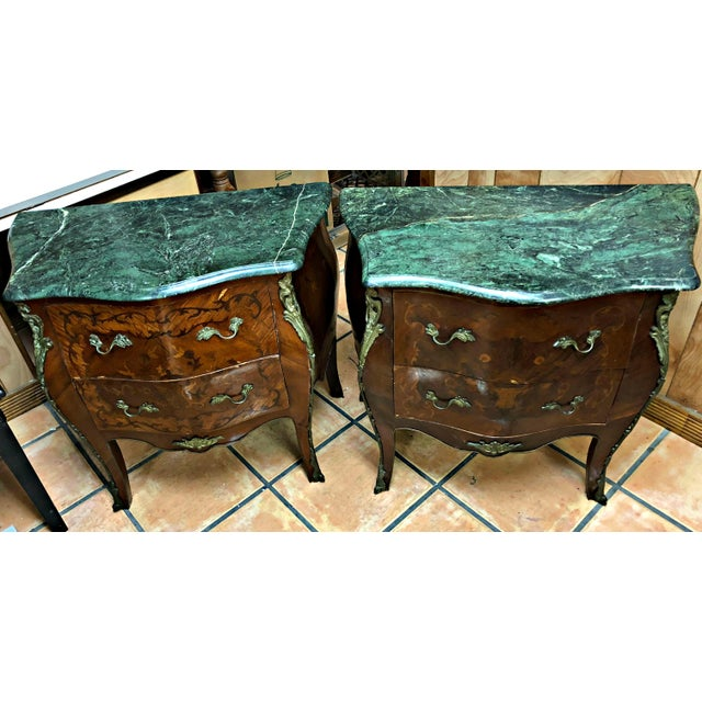 Louis XV French Marquetry Inlay and Marble Top Commodes - a Pair For Sale - Image 3 of 13