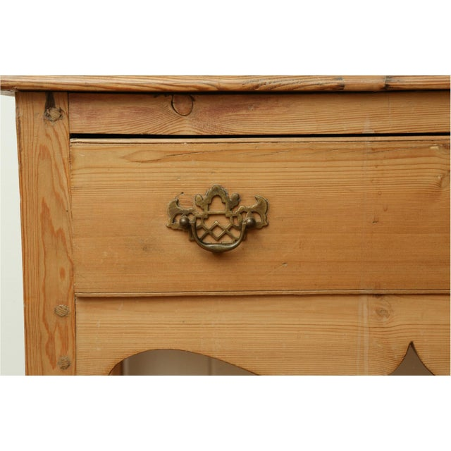 Wood 19th Century Classic English Pine Cupboard With Pot Board Dresser For Sale - Image 7 of 11