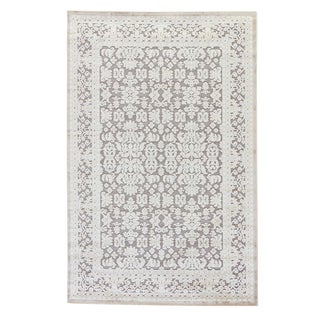 Jaipur Living Regal Damask Gray/ White Area Rug - 5′ × 7′6″ For Sale