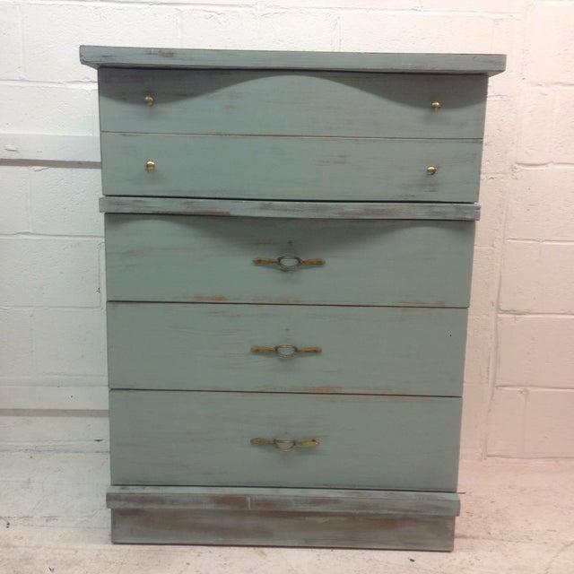 1950's Serpentine 4 Drawer Dresser - Image 3 of 5