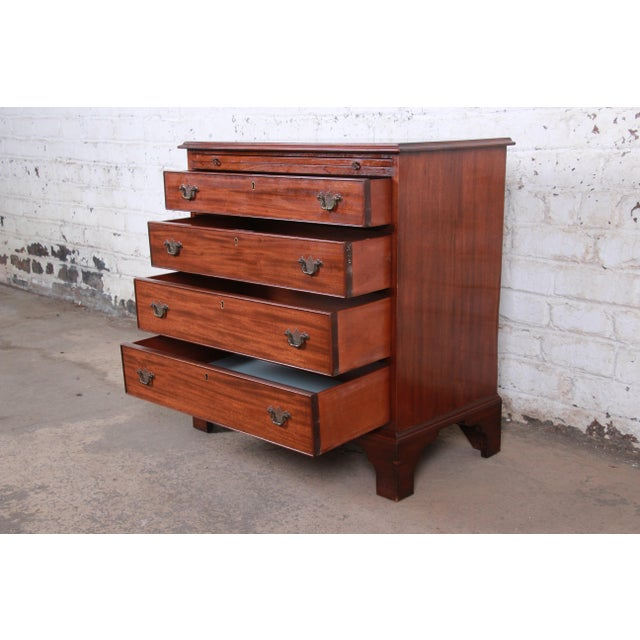 Brown Vintage Georgian Mahogany Bachelor Chest or Commode For Sale - Image 8 of 10