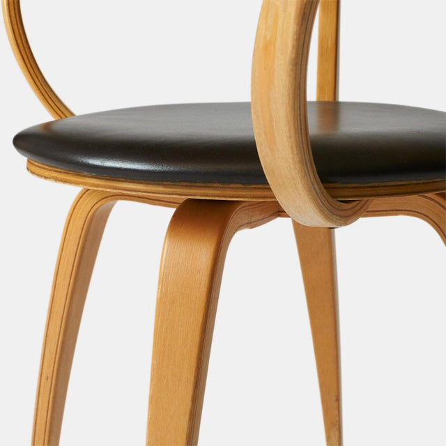 1980s very rare George nelson pretzel chairs - a pair For Sale - Image 5 of 8