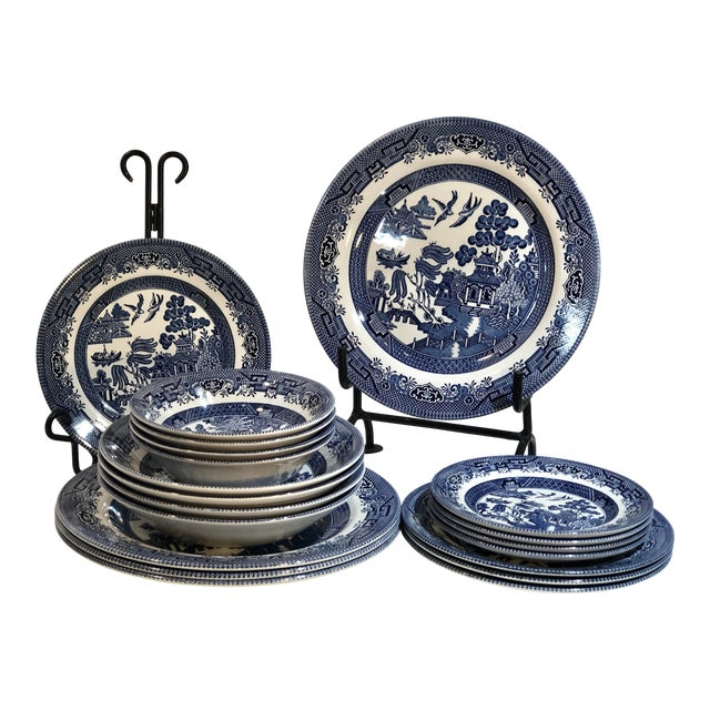 Traditional English Churchill Blue Willow Dinner, Bread, Salad Plates, Soup, Cereal Bowls - 20 Pieces For Sale