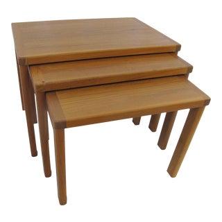 1960s Mid Century Modern Vejle Stole Mobelfabrik Teak Denmark Nesting Tables - Set of 3 For Sale