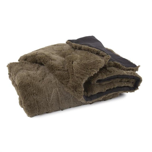 Kenneth Ludwig Chicago Angora Moss Throw For Sale In Chicago - Image 6 of 6