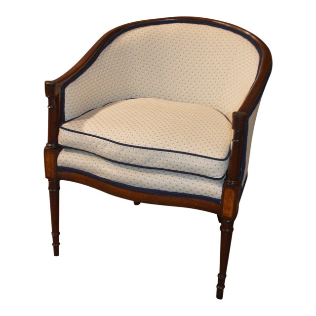 Vintage Sheraton Style Inlaid Mahogany Barrel Back Accent Chair For Sale