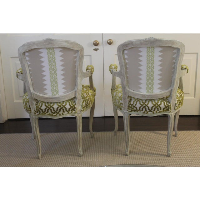 Louis XV 19th Century Louis XV Cream and Green Silk Patterned Bergere Chairs - a Pair For Sale - Image 3 of 11