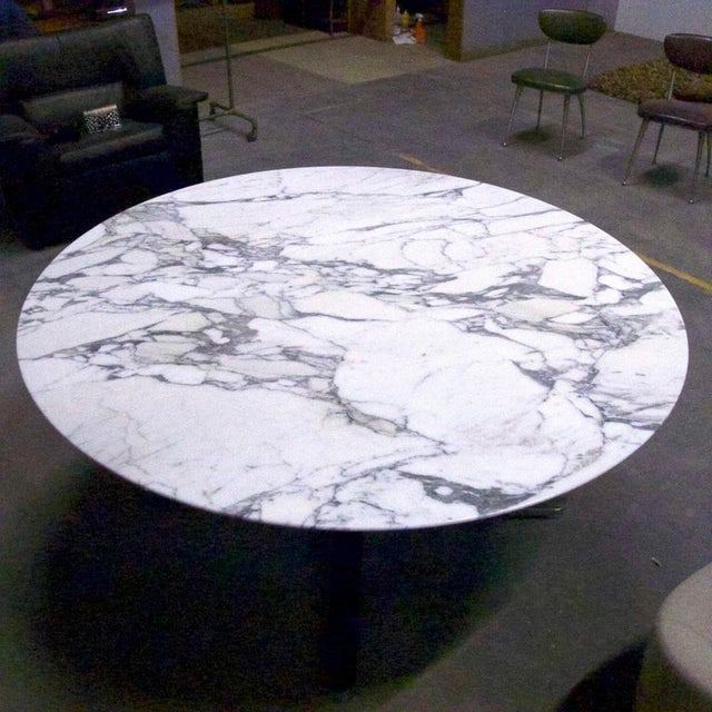 "Nicos Zographos Nicos Zographos Round Carrara Marble ""Alpha"" Dining or Conference Table For Sale - Image 4 of 13"