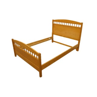 Thomasville Furniture Natural Selections Collection Full Size Bed Preview