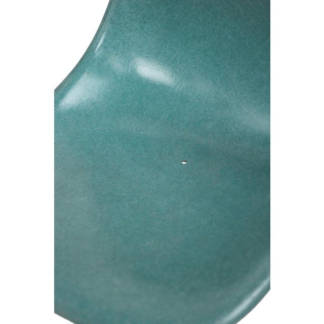 Mid-Century Modern Turquoise Herman Miller Fiberglass Eames Shell Chair For Sale - Image 3 of 9