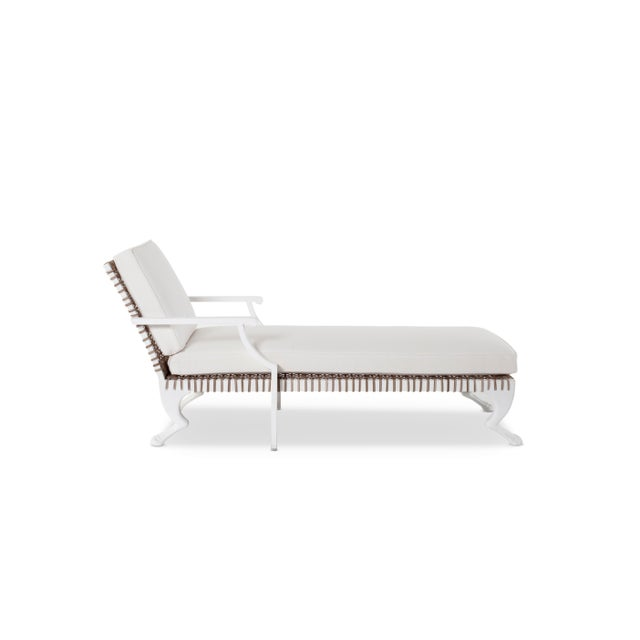 Contemporary Delta Tau Chaise Lounge in White For Sale - Image 3 of 7